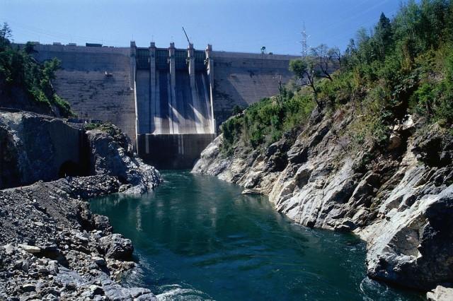 Centrales hídricas suben a 41% el aporte a generación eléctrica durante julio