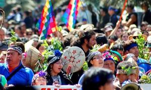 Gobierno evalúa separar consulta indígena del sistema de evaluación ambiental