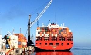 Puerto Angamos recibe el buque con la mayor capacidad de carga de la historia del terminal