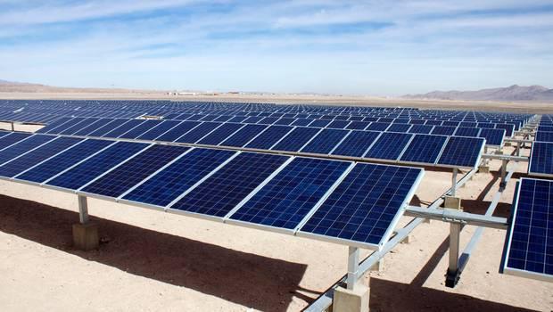 Ministro De Energ 237 A Inaugura La Primera Planta Solar